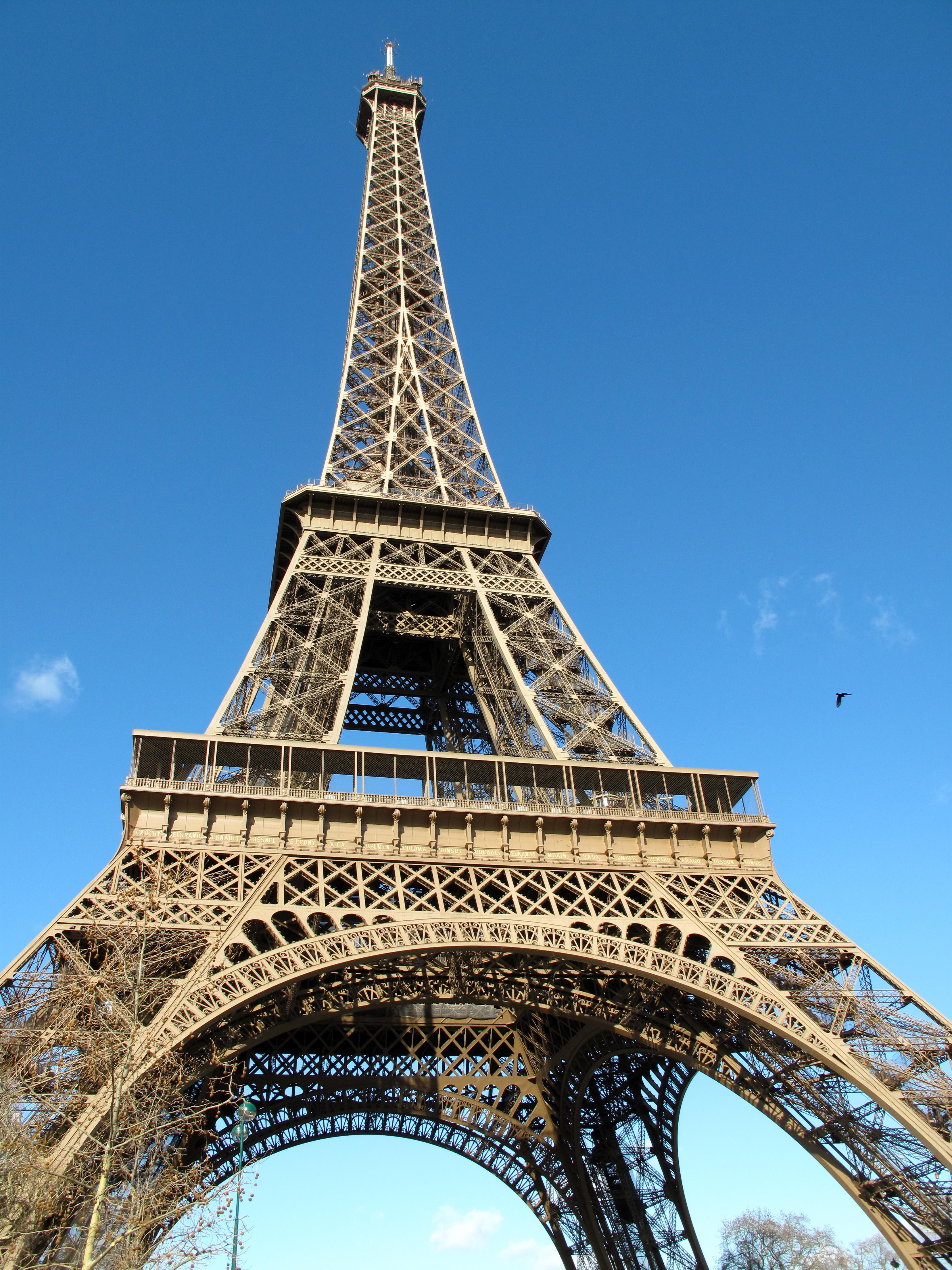The Eiffel Tower Omdenken